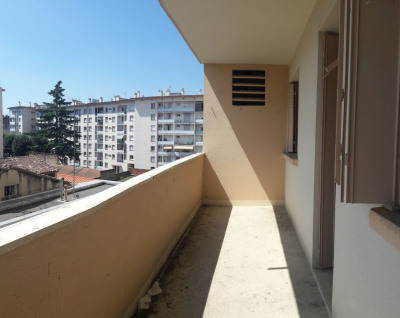 Appartement T4 - terrasses + garage - Compans