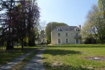 Maison/villa 8 pièces sur 3000 m² de parc