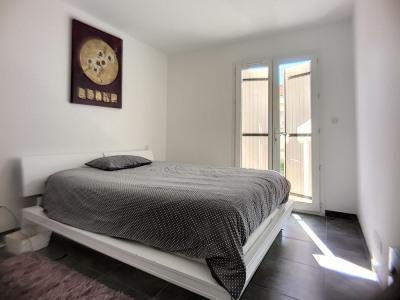 Villa neuve Eyguieres 4 pièce (s) 142 m² sur 400m² terrain