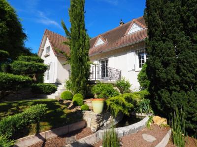 A vendre maison livry sur seine 8 pièces 180 m²