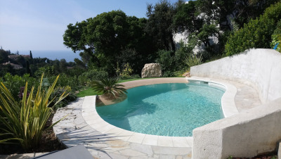 Rez de villa piscine