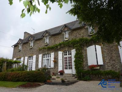 Maison en pierres de pays, Mûr de Bretagne 7 pièces 256 m²