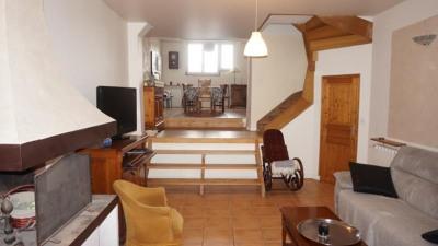 Casa rústica 8 quartos