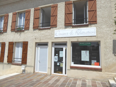 Local commercial - Centre Ville Vert Le Petit - 30 m²