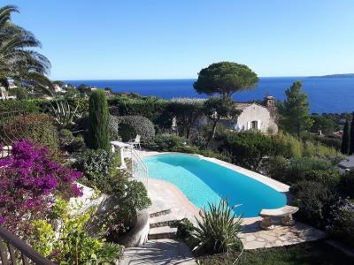 Rez de villa 4 pièces piscine vue mer