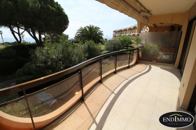 3 room apartment 121 m² Villeneuve Loubet