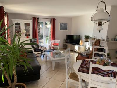 Maison Saint Maximin La Sainte Baume 5 pièce (s) 135 m²
