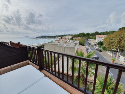 Appartement Saint Cyr Sur Mer 2 pièce (s) 37.7 m²