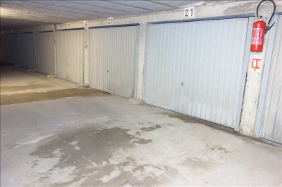 Garage fermé la roche sur yon - 18 m²