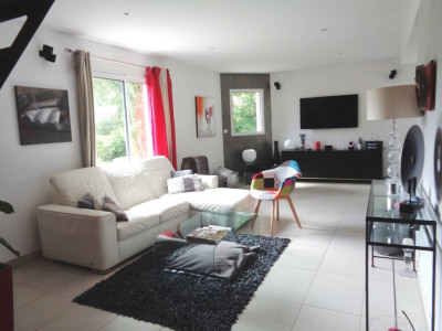 Maison Suce Sur Erdre 7 pièce (s) 159 m²