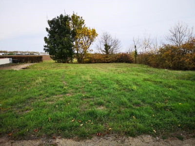 Terrain constructible st michel en l herm - 501 m²