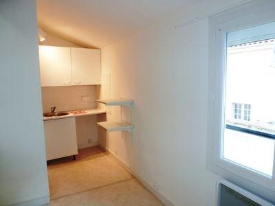 Location appartement Aix en provence 434€ CC - Photo 2