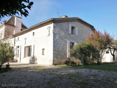 Maison de village laparade - 8 pièce (s) - 238 m²