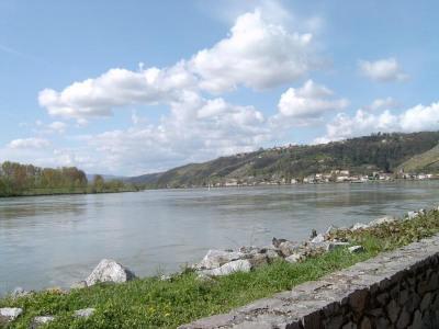 Vend T4 de 150 m² avec vue magnifique sur le Rhône
