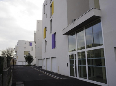 Appartement T2 avec balcon et place de parking privative