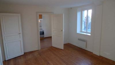 Appartement rénové F2