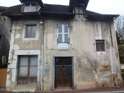 Bâtiment à rénover - centre village