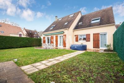 Maison Verrières Le Buisson 8 pièce (s) 145 m²