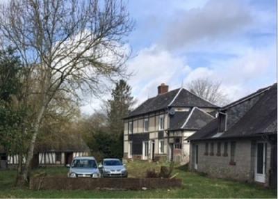 Maison située proche de Forges les Eaux