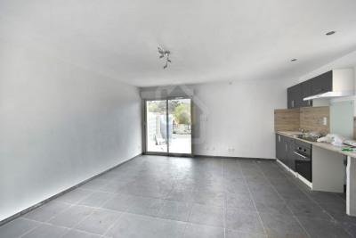 Grand studio neuf de 35 m² + 2 places de parking privées