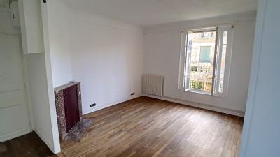 A vendre à melun gare appartement ancien 3 pièces avec garage