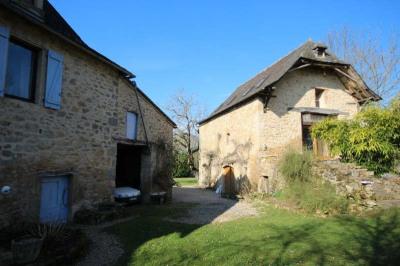 Grange rénovée et Maison