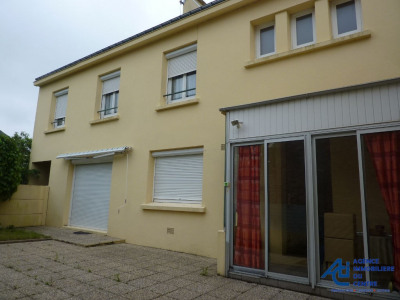 Maison Pontivy 4 pièce (s) 100 m²