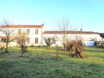 "Дом в стиле ""шаранта"" 6 комнат Secteur Salignac-sur-Charente"