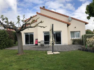 Pavillon le may sur evre - 6 pièce (s) - 170 m²