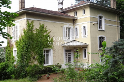 A vendre - propriété - caluire et cuire - 250 m² - 7 chambres