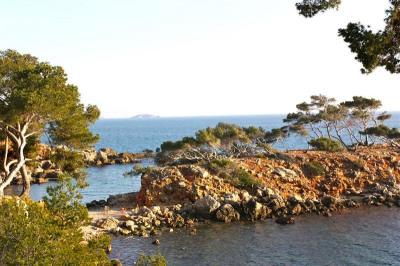 Beau T2 dans résidence proche de la mer et des calanques