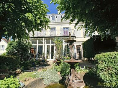 A vendre demeure bourgeoise proche centre ville melun 230 m²