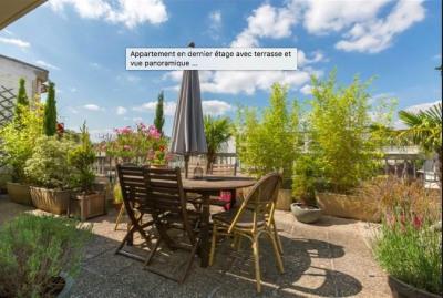 Retour à la Vente 4 pièces avec toit terrasse et parkings (Houil