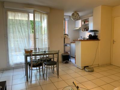 Appartement Vauvert 2 pièce(s) 33 m2