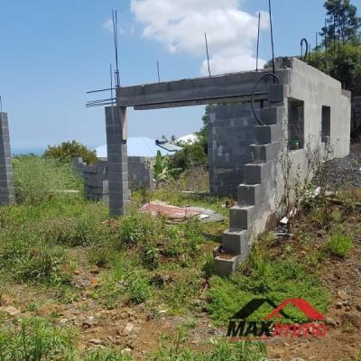 Terrain constructible st joseph - 400 m²