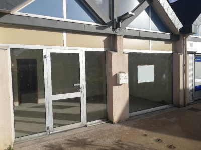 Local commercial 66 m²