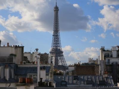 Dernier etage - vue Tour Eiffel