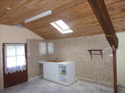 PLESSE - Maison à rénover, 1 095m²
