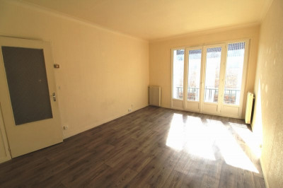 Location maurepas 2 pièces 46 m²