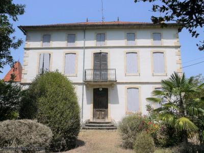 Maison de maître - 8 pièces - 253 m²