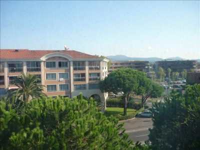 Location parking Frejus