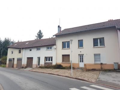 Immeuble à rénover, 4 logements de type T5, T4, T3 et T2