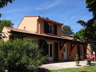 Villa T4/5 de 100 m² sur beau terrain arboré de 1950 m²
