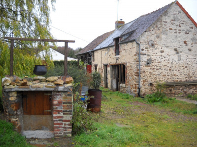 Maison en pierre à rénover entièrement