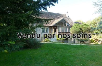 Old house MONTFORT L AMAURY - 260 m² on 1600 m² land