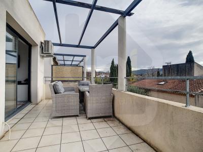 Appartement meublé T2 + terrasse + garage