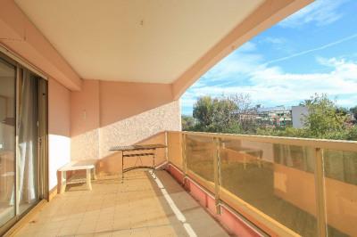 Rare -villeneuve loubet plage. 4 pièces 92 m². Terrasses