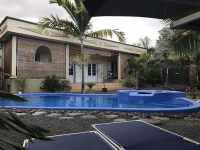 Villa récente au charme créole