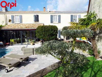 Maison Verines 5 pièces 210 m²