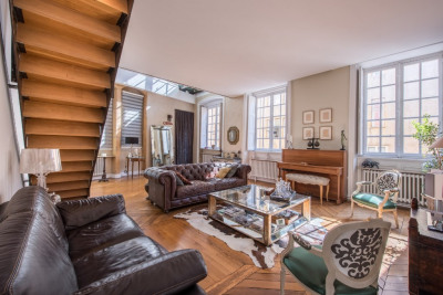 Duplex renovated by an architect in Old Lyon